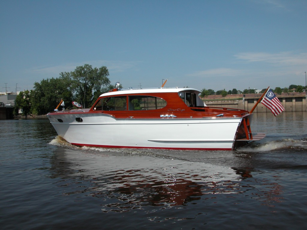 Boats for sale st paul shipwrights for Chris craft cruiser for sale