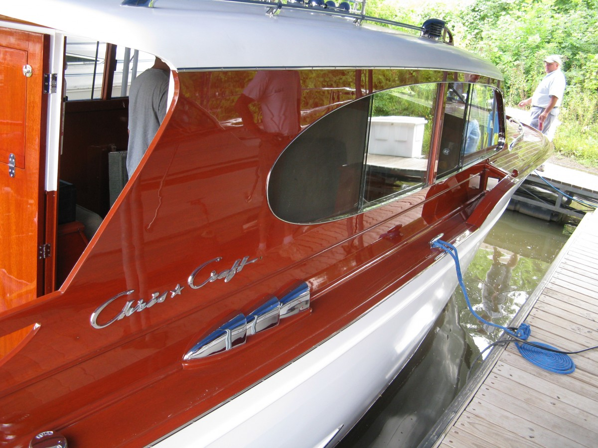 1954 31 Chris Craft Sedan Cruiser 79 000 St Paul